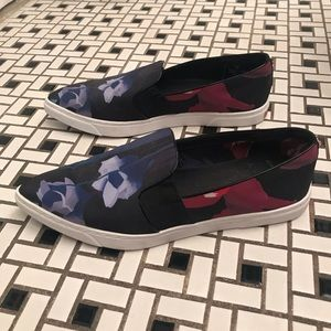 Ted Baker Floral Slip On Sneaker Pointy Toe Sz 41